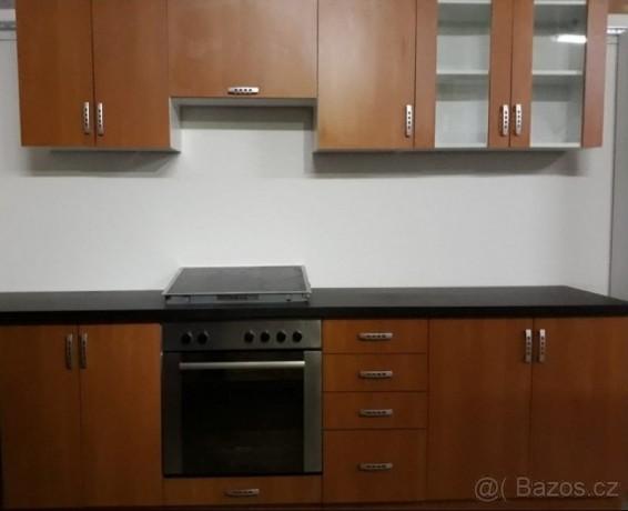 kvc-7-3-kuchynska-linka-levne-big-0